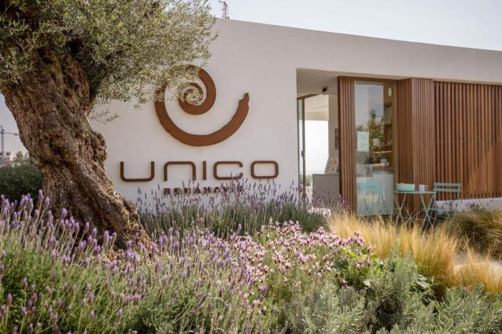Unico Sales House Garden 1